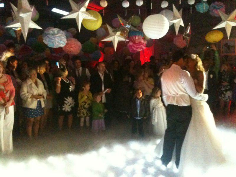 First dance to live music